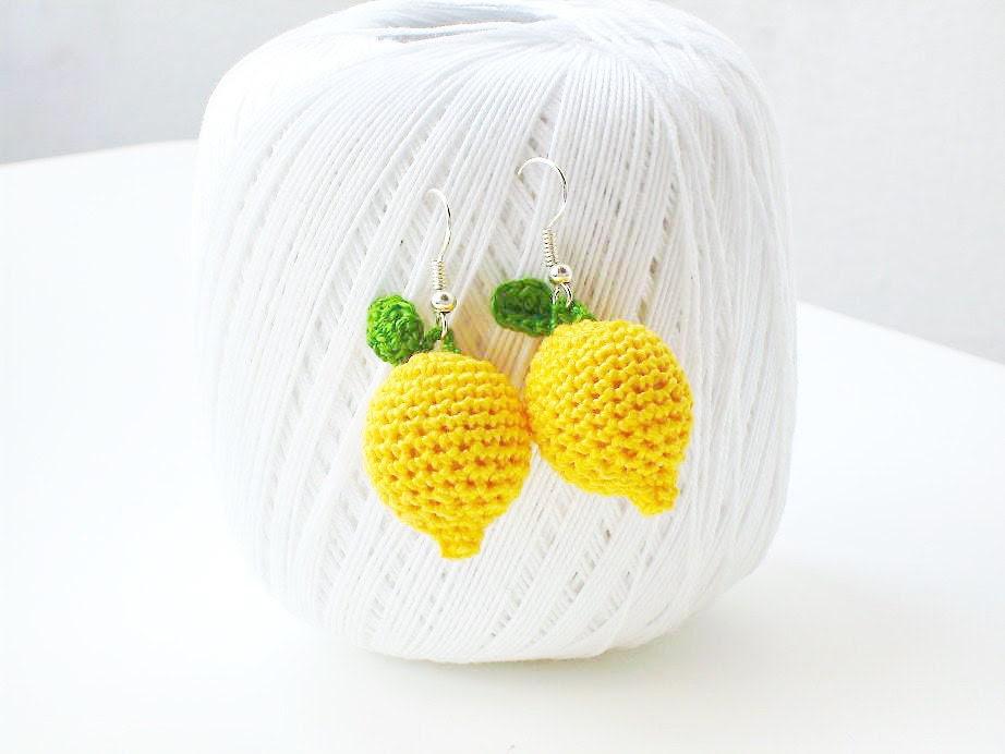 Lemon earrings. FREE SHIPPING - toivour