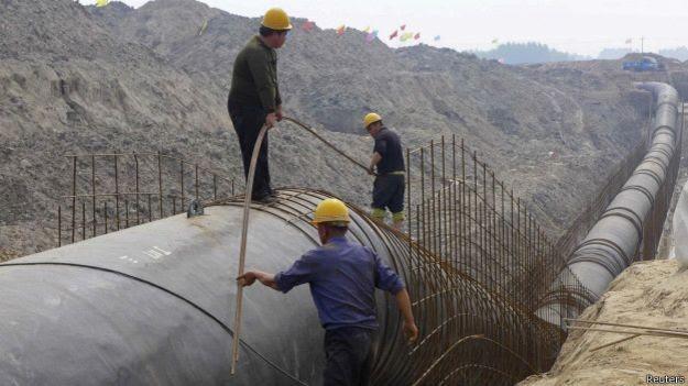 China realiza transposição de água do sul para abastecer Pequim (Foto: Reuters/BBC)