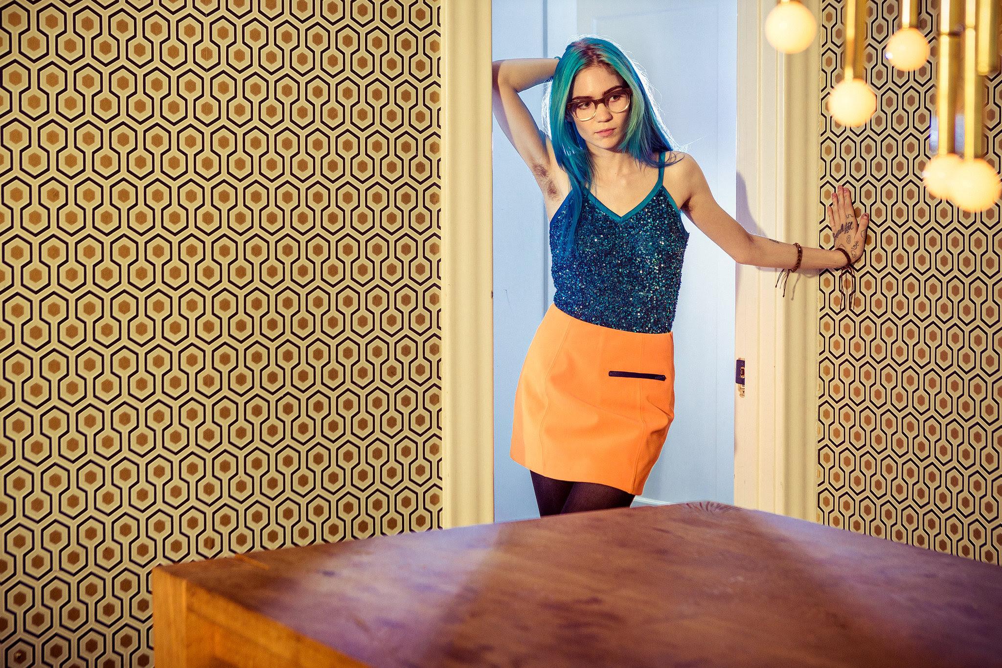 """Grimes lança documentário sobre o álbum """"Art Angels"""" produzido pela revista The Fader!"""