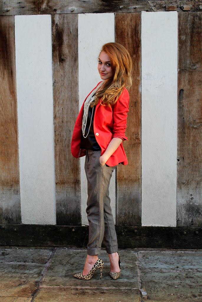 Orange blazer, peg leg trousers (3)
