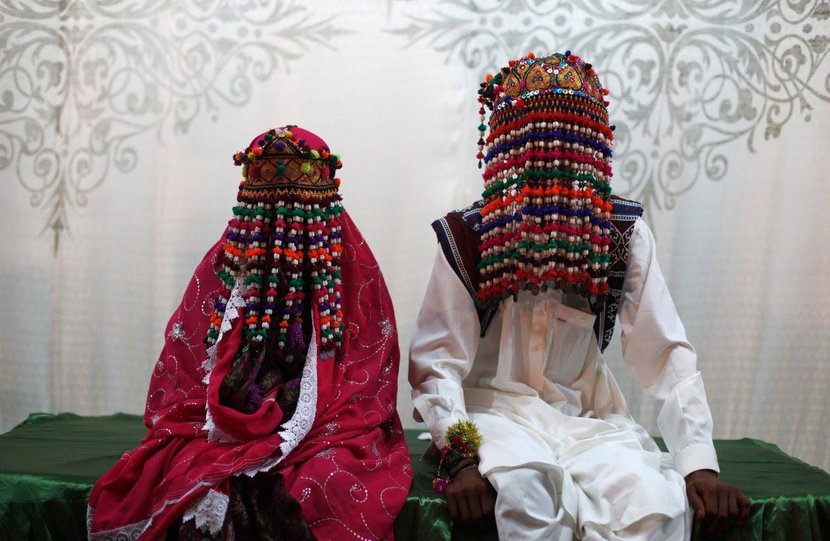 27 belas fotos de vestidos tradicionais de casamentos por todo o mundo 09