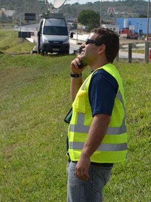 Empresário de Carrancas (MG) foi quem teve ideia de colocar camisa gigante em estátua (Foto: Lucas Soares / G1)