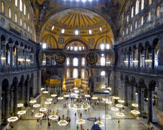"""Στην Κωνσταντινούπολη """"Τούρκοι"""" λένε σε Έλληνες επισκέπτες: «Ο τόπος αυτός είναι δικός σας»!"""
