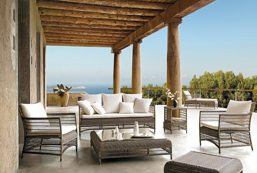 Furniture Taman Rumah Sederhana