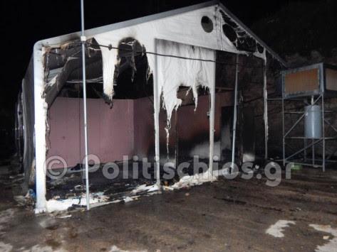 Χίος: Νύχτα κόλαση – Έκαψαν και έσπασαν τα πάντα οι μετανάστες [vids]