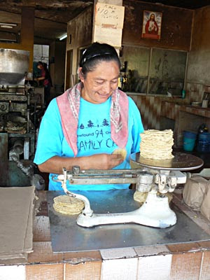 vendeuse de tortillas.jpg