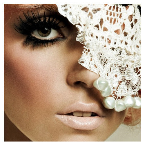 lady gaga icon by bella, use.   (clipped to polyvore.com)