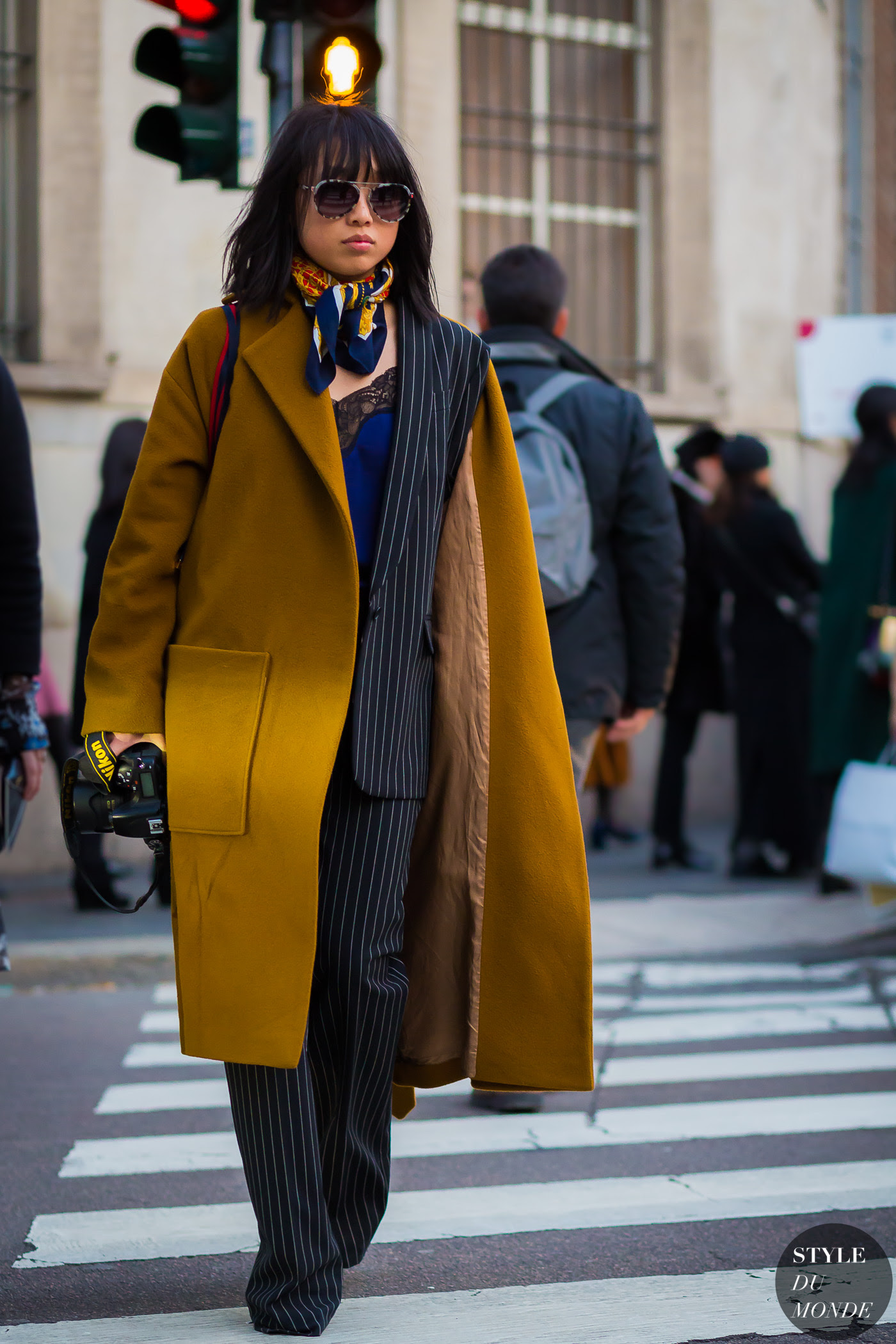http://www.styledumonde.com/wp-content/uploads/2017/01/Margaret-Zhang-by-STYLEDUMONDE-Street-Style-Fashion-Photography0E2A6250-700x1050@2x.jpg