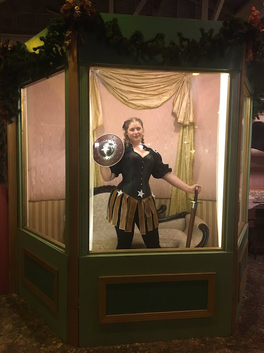 "Linda Childers on Twitter: ""Just saw the original #MannequinChallenge at the #dickenschristmasfair in #SanFrancisco. Now through Dec. 18. #fun """