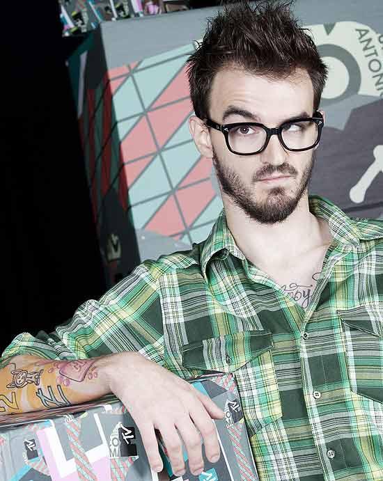 O vlogueiro PC Siqueira, que ganhou fama pela internet e trabalha na MTV