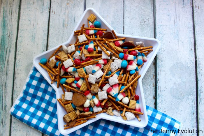 Simple 4th of July Snack Mix - Be the hit of the picnic!
