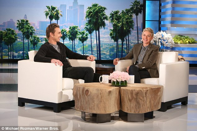 Dax Shepard talks about wife Kristen Bell's 'car crash' of a C-section ...