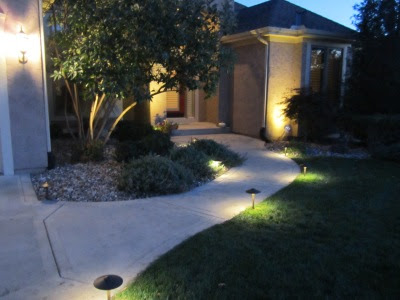 Landscaping Company Will Install Lighting That Enhances Your Yard