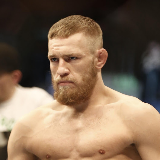 Report: McGregor Suffers Torn ACL