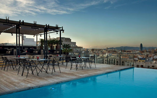 Top 10: the best Barcelona hotels with rooftop bars
