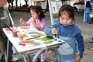 2010 Chile earthquake - Kids playing in Talcahuano