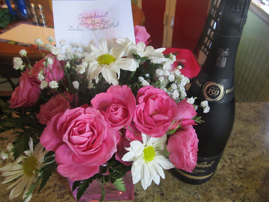 Impress your Beloved with Customized Anniversary Gifts