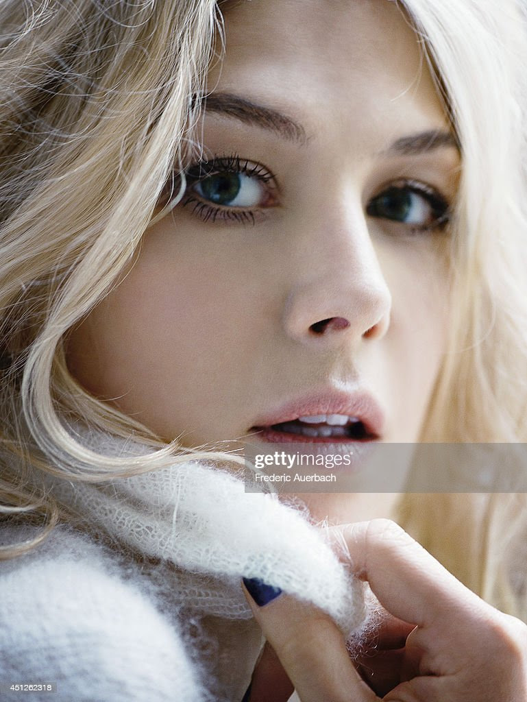 Actress Rosamund Pike is photographed for In Style UK on ...