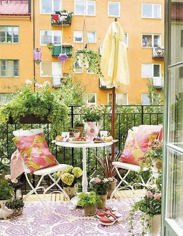 Small-Balcony-Garden-ideas-18