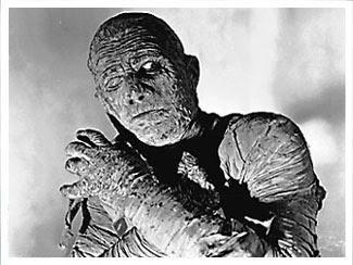 http://upload.wikimedia.org/wikipedia/en/d/d2/Lon_Chaney_as_Kharis_in_The_Mummy%27s_Ghost_(publicity_photo).jpg