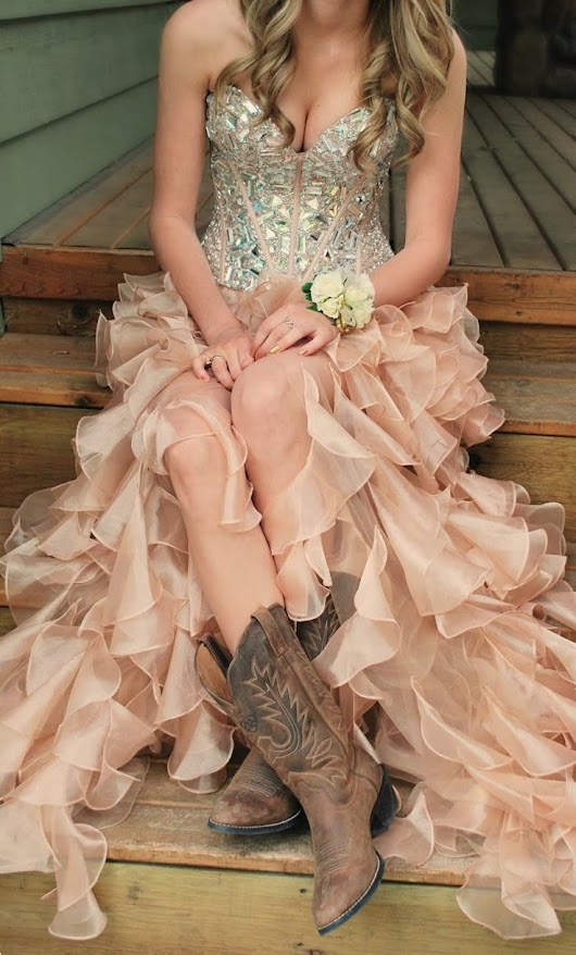 Prom Dresses With Cowgirl Boots That Would Of Been A Cute Dress To Wear Instagram