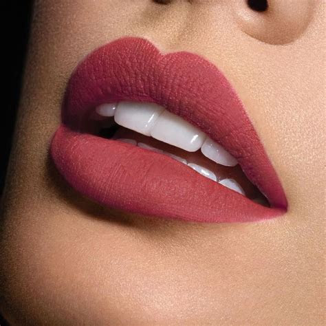 It's Friday definitely a rock a bold lipstick sorta day