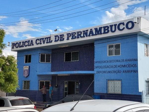 Mulher é presa após queimar a filha de três meses com ponta de cigarro, em Araripina