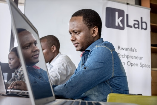 Knowledge economy appeals to youth | Africa Renewal Online