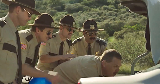 CLICK HERE to support Super Troopers 2