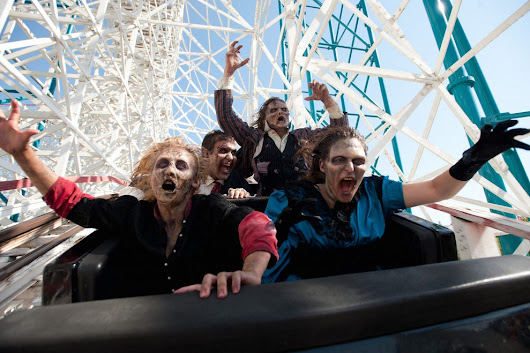 Vote - Six Flags Magic Mountain's Fright Fest - Best Theme Park Halloween Event Nominee:  2015 10Best Readers' Choice Travel Awards