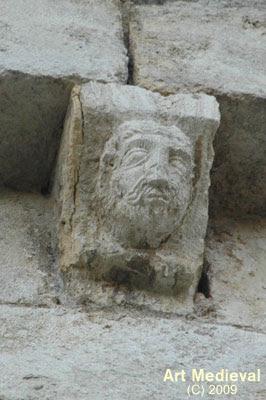 Mènsula esculpida