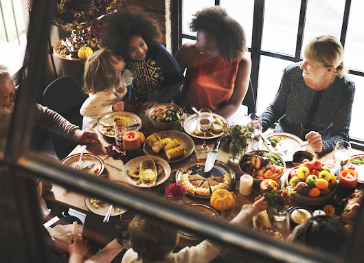 #ThankfulThursday and Other Social Media Trends to Test Before Thanksgiving