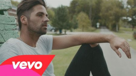 Ben Haenow and Kelly Clarkson release 'Second Hand Heart' music video