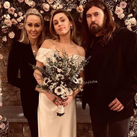 Miley Cyrus Wedding Dress   Ellis Bridals
