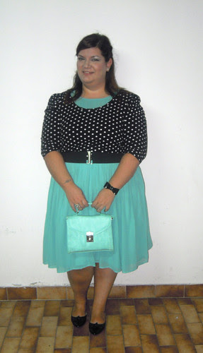 Black and mint outfit