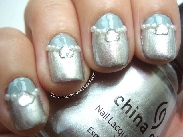 winter blue silver nails 2