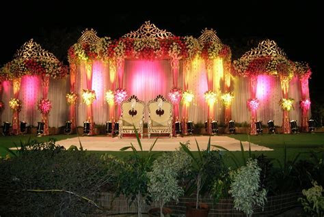 Outdoor Indian Wedding Stage Decorations   Wedding