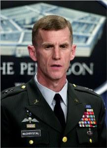 http://www.hotindienews.com/wp-content/uploads/2010/06/general-stanley-mcchrystal-217x300.jpg