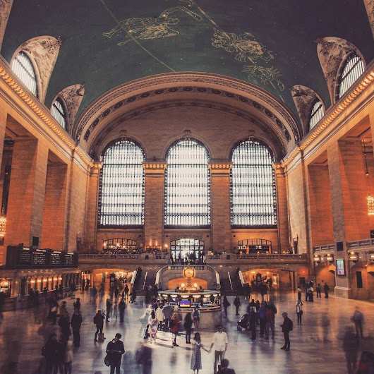 "Simon Nordh auf Twitter: ""The feeling when you are standing in the eye of the storm.  #architecture #grandcentral #s…  """