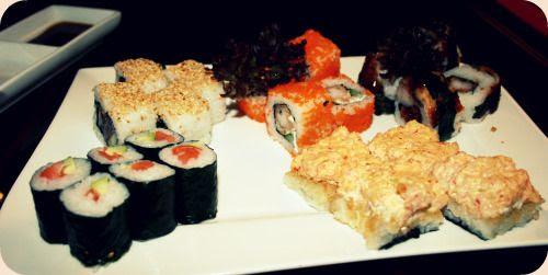 http://i402.photobucket.com/albums/pp103/Sushiina/Daily/sushi-1.jpg