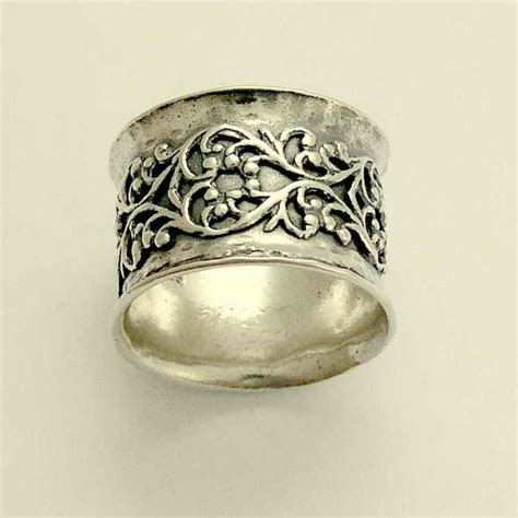 1000  ideas about Wide Band Rings on Pinterest   Wide