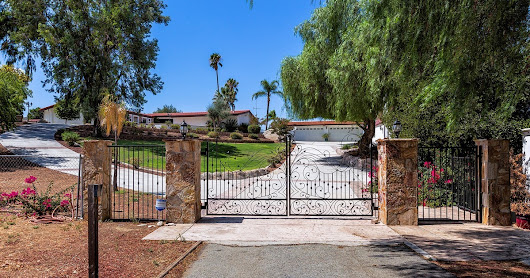 Ranch Horse Property Estate & Pool Home with Casita - 32375 Sage Rd., Hemet, CA 92544