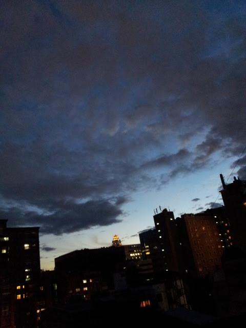 Taipei: Today's evening sky in Taipei 台北:夕暮れの台北