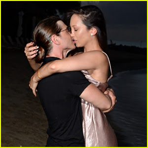 Cheryl Burke & Matthew Lawrence Make Out on the Beach During Romantic Vacation!
