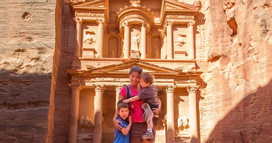 The Complete Guide of What to see in Petra with kids - Wandering Wagars