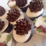 Holiday Items   White Flower Cake Shoppe