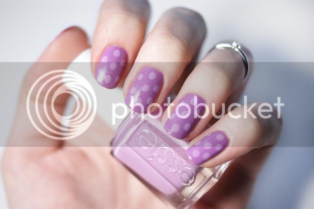 Mani Monday Radiant Orchid Polka Dot Nails