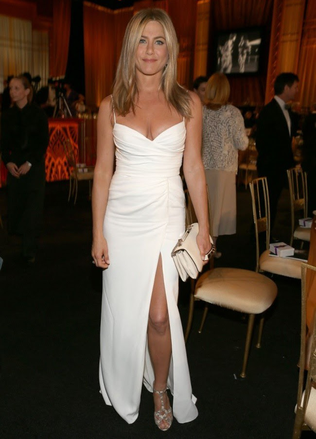 8 Jennifer Aniston wearing Burberry to the American Film Institute Gala Los Angeles June 7