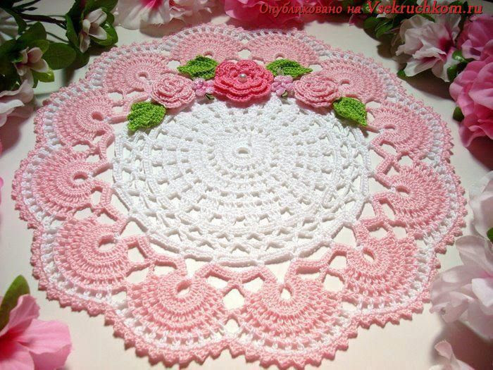 Two-tone cloth with roses. More than Tender. Crochet