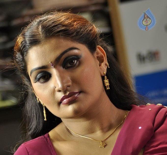 Murattu Kaalai Tamil Movie Stills: Latest Telugu-Bollywood Movies-Hindi New Releases-Upcoming